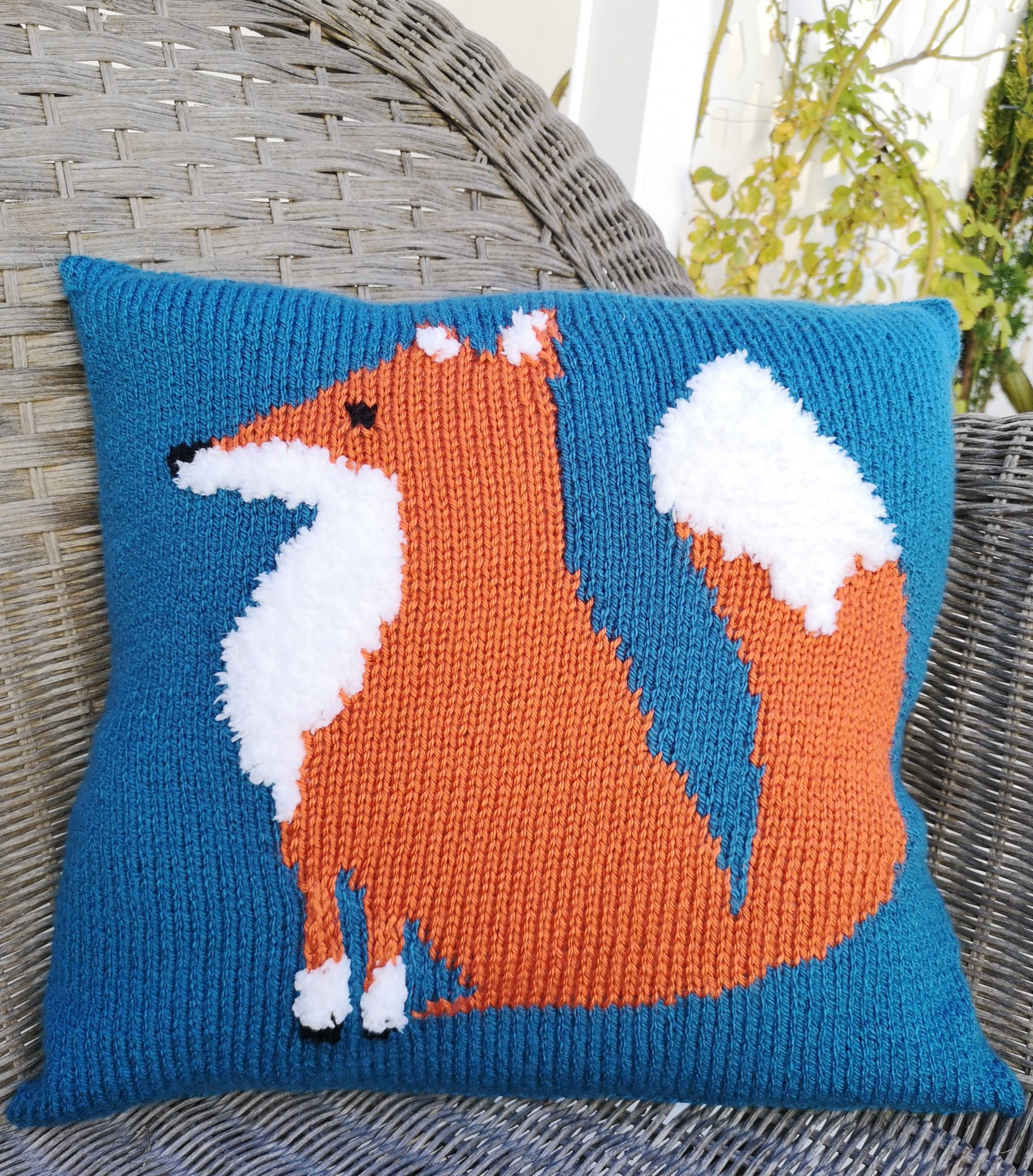 Knitting Pattern for an Aran Mr Fox Cushion, Knitting ...